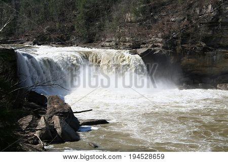 Cumberland Falls in Cumberland State Park Kentucky spring 2017