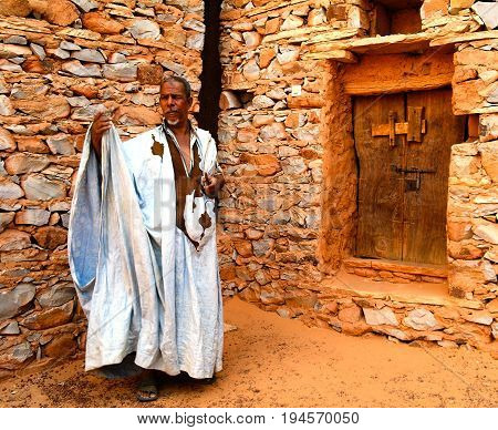 Portrait of mauritanian man in national costume boubou or derraa - 10.11.2012 Chinguetti Mauritania