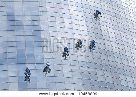 Six window cleaners