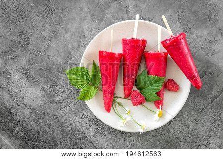eco homemade raspberry cones, topview, copyspace
