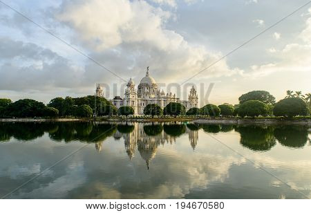 The Victoria Memorial is a large marble building in Kolkata, West Bengal, India, which was built between 1906 and 1921.