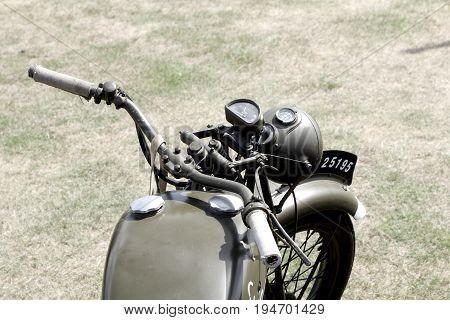 Sandhurst, Uk - 18Th June 2017: Vintage Toned Shot Of A Ww2 Motorcycle Handlebars