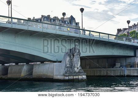 Pont De L'alma - Paris, France