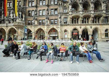 Tourists At Marienplatz