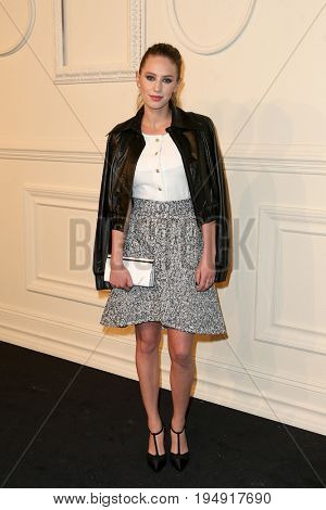 NEW YORK-MAR 31: Actress/model Dylan Penn attends the CHANEL Paris-Salzburg 2014/15 Metiers d'Art Show and Party at the Park Avenue Armory on March 31, 2015 in New York City.