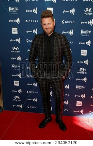 LOS ANGELES - MAR 28:  Bobby Berk at the 30th Annual GLAAD Media Awards at the Beverly Hilton Hotel on March 28, 2019 in Los Angeles, CA