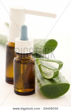Drops and Spray with Aloe