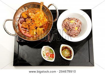 Massaman Curry With Chicken, Thai Food, Chicken Massaman Curry Set