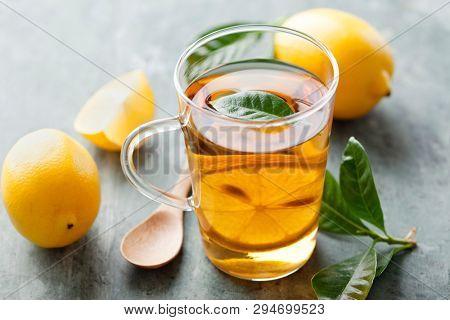 Fresh lemon tea