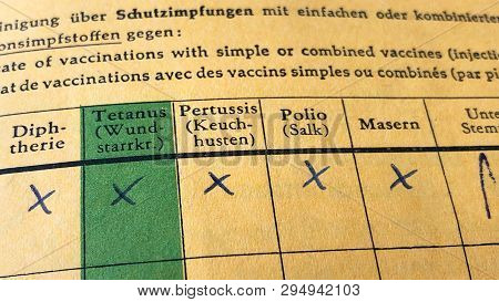 German International Certificate Of Vaccination With Complete Records For Diphtheria, Tetanus, Pertu