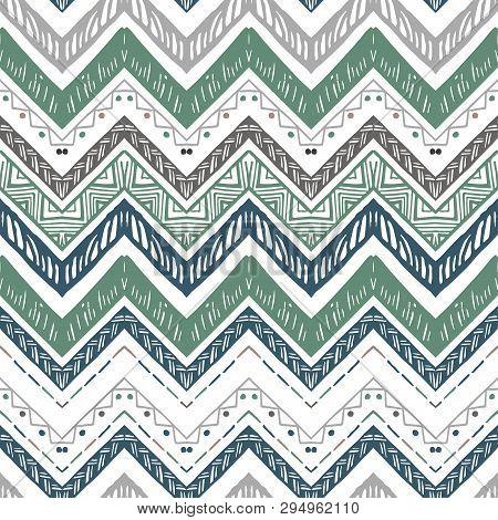Seamless Ethnic Zigzag Chevron Pattern. Vector Illustration