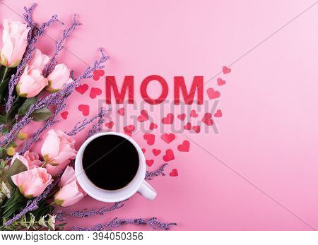 A Cup Of Hot Coffee With Beautiful Pink Roses. Valentine's Day Concept, Rest, Relax, Mother's And Wo