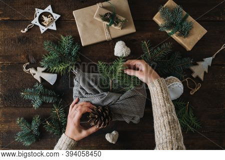 Budget Christmas Gifts, Cheap Christmas Presents, Inexpensive Xmas. Gift Ideas For A Tight Christmas