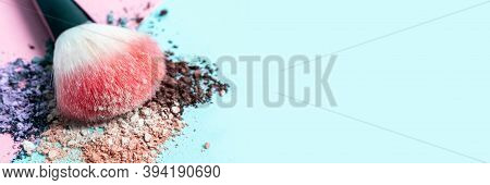 Beautiful Bright Makeup Brush On A Trendy Pastel Pink And Blue Background. Beauty Banner. Cosmetic P