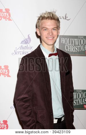 LOS ANGELES - NOV 25:  Kenton Duty arrives at the 2012 Hollywood Christmas Parade at Hollywood & Highland on November 25, 2012 in Los Angeles, CA