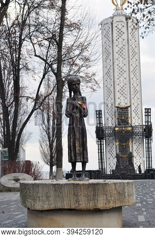 Kyiv, Ukraine - November 06, 2020: A Statue Of A Young Girl Known As The Bitter Memory Of Childhood