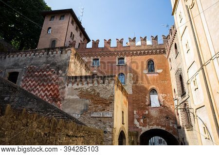 Castell' Arquato, Italy, August, 25, 2020 - View Of The Medieval Town Of Castell'arquato, Piacenza P