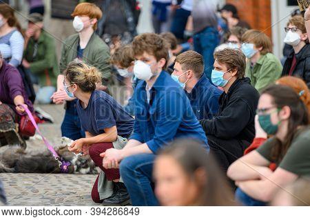 Richmond, North Yorkshire, Uk - June 14, 2020: Kneeling Protesters Wear Ppe Face Masks At Black Live