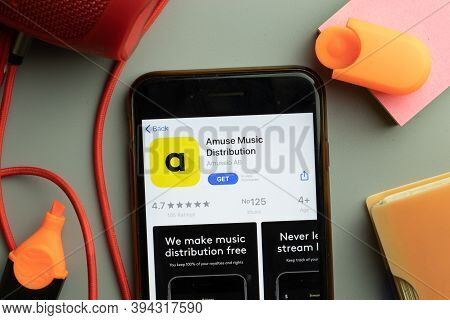 New York, United States - 7 November 2020: Phone Screen Close-up With Amuse Music Distribution Mobil