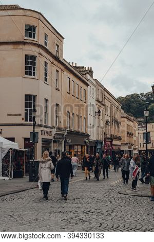 Bath, Uk - October 04, 2020: People Walking On Stall Street In Bath, The Largest City In The County