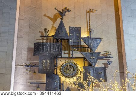 The State Academic Central Puppet Theater Named After Sergey Obraztsov Is The World's Largest Puppet