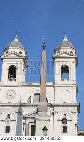 Rome Italy And The Ancient Church Called Chiesa Di Trinita Dei Monti