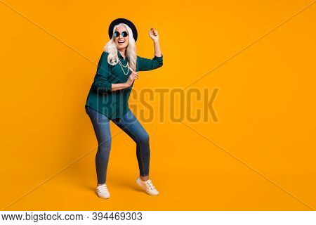 Full Body Photo Of Crazy Granny Lady Music Lover Senior Party Luxury Cool Look Dance Youth Moves Wea
