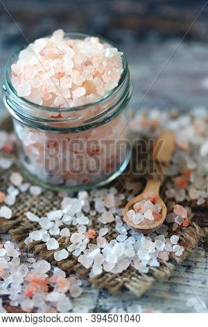 Pink Himalayan Salt.  Large Grains Of Himalayan Salt.
