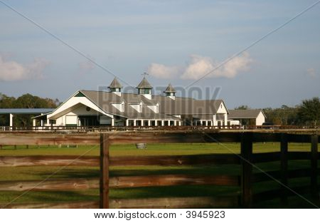 Classic Kentucky-Style  Horse Barn Located In Florida