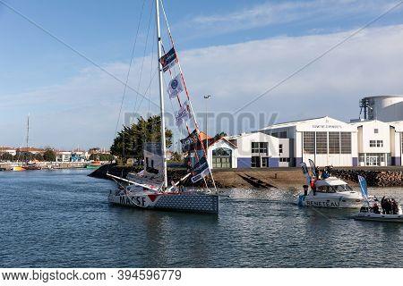 Les Sables D'olonne, France - November 08, 2020: Isabelle Joschke Boat (macsf) In The Channel For Th