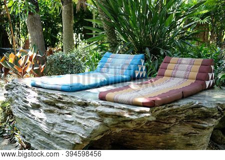 Triangle Backrest Pillow & Folding Mattress For Resting In Garden