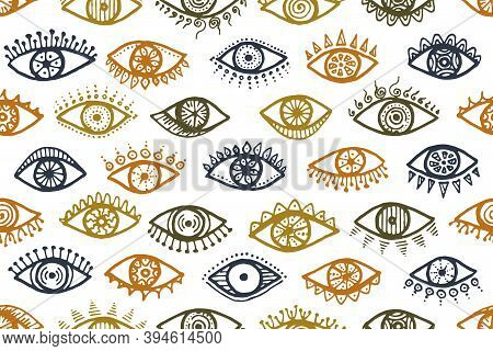 Different Human Eyes Artistic Seamless Ornament. Sketch Drawing Style Illustration. Mascara Packagin
