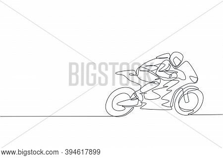 One Single Line Drawing Of Young Moto Racer Practice To Improve Speed Bike At Circuit Vector Illustr