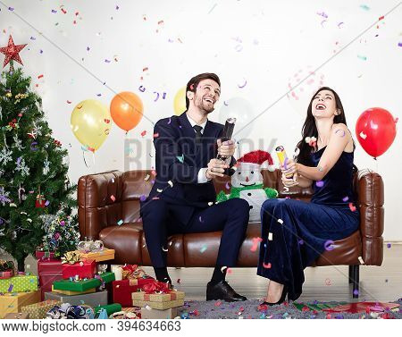 Couples Celebrate On The New Year With A Happy Smile