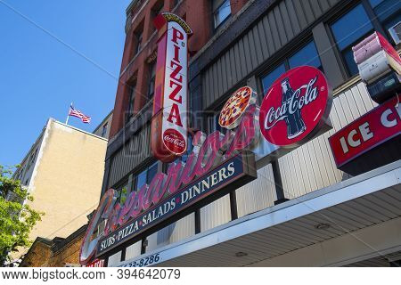 Manchester, Nh, Usa - Aug. 29, 2019: Historic Commercial Buildings On Elm Street At Spring Street In