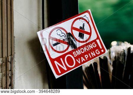Close Up Of A No Smoking, No Smoking Vaping. Prohibition Sign No Smoking, No Vaping.