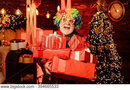 Hocus Pocus. Christmas Spirit. Christmas Decorations Home. Bearded Senior Man Celebrate Christmas. M