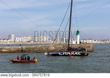 Les Sables D'olonne, France - November 14, 2020: Jeremie Beyou Boat (charal) Return After Damage In