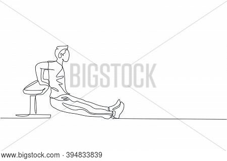 One Continuous Line Drawing Of Young Man Training Triceps Dips In Fitness Training Gym. Healthy Spor
