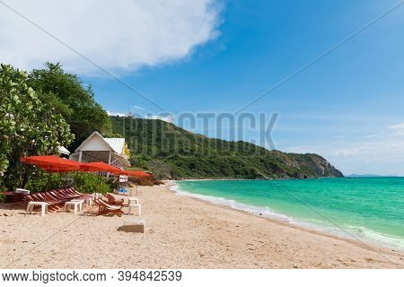 Thailand's Beaches At Koh Larn Island In The Midst Of Bright Sky And Beautiful Sea. Koh Larn Island,