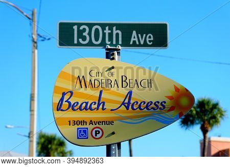 Madeira Beach, Florida, U.s.a - September 30, 2019 - The Sign For Beach Access On 130th Avenue