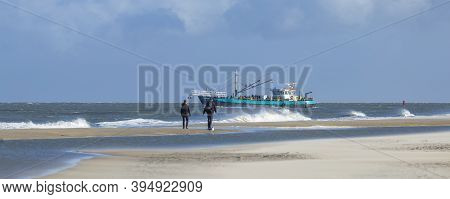 Texel, Netherlands - October 22, 2020: Boat With Tourists Along The Beach Of Texel In The Netherland
