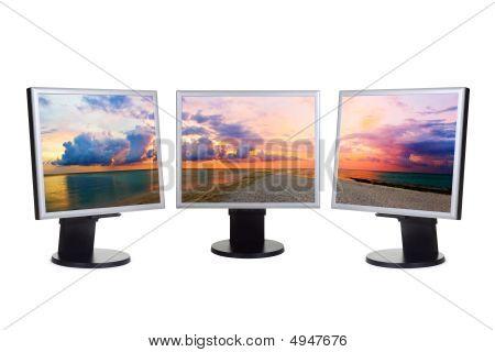 Panorama der Sonnenuntergang auf Computer-Bildschirmen