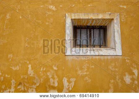 Pastrana Window