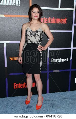 SAN DIEGO - JUL 26:  Emilie de Ravin at the Emtertainment Weekly Party - Comic-Con International 2014 at the Float at Hard Rock Hotel San Diego on July 26, 2014 in San Diego, CA