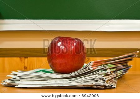 Apple And Newspapers