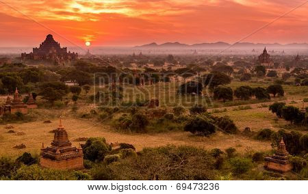 Temples In Bagan, Sunrise