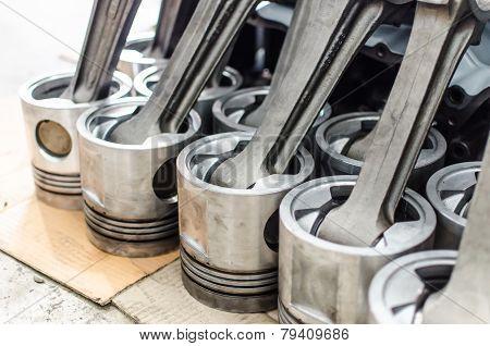 Used Engine Machine Piston Of Generator Engine