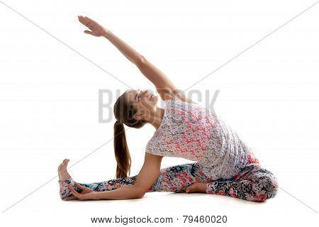 Yoga Pose Djanu Shirshasana