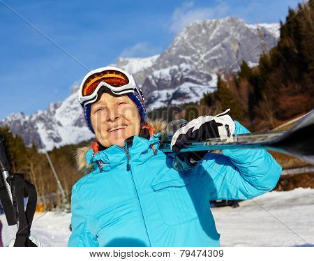Senior skier woman